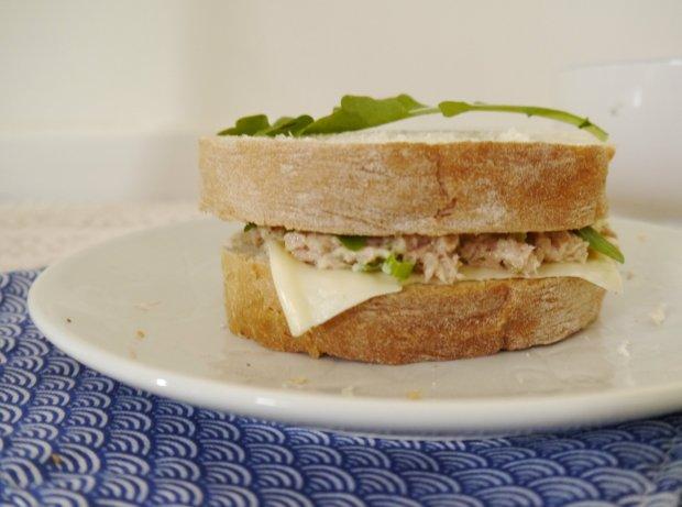 Tuna Sandwich 04